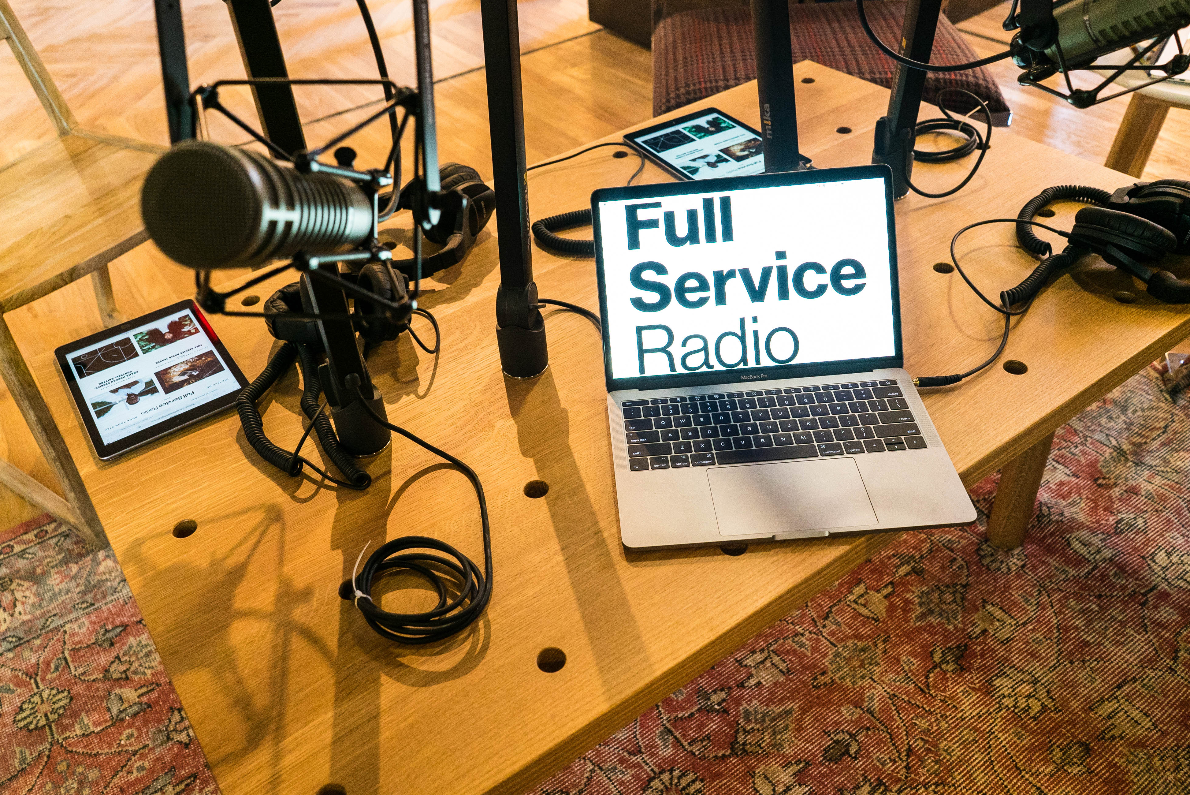 How to Start a Podcast: Best Recording Equipment and Tools – Rolling