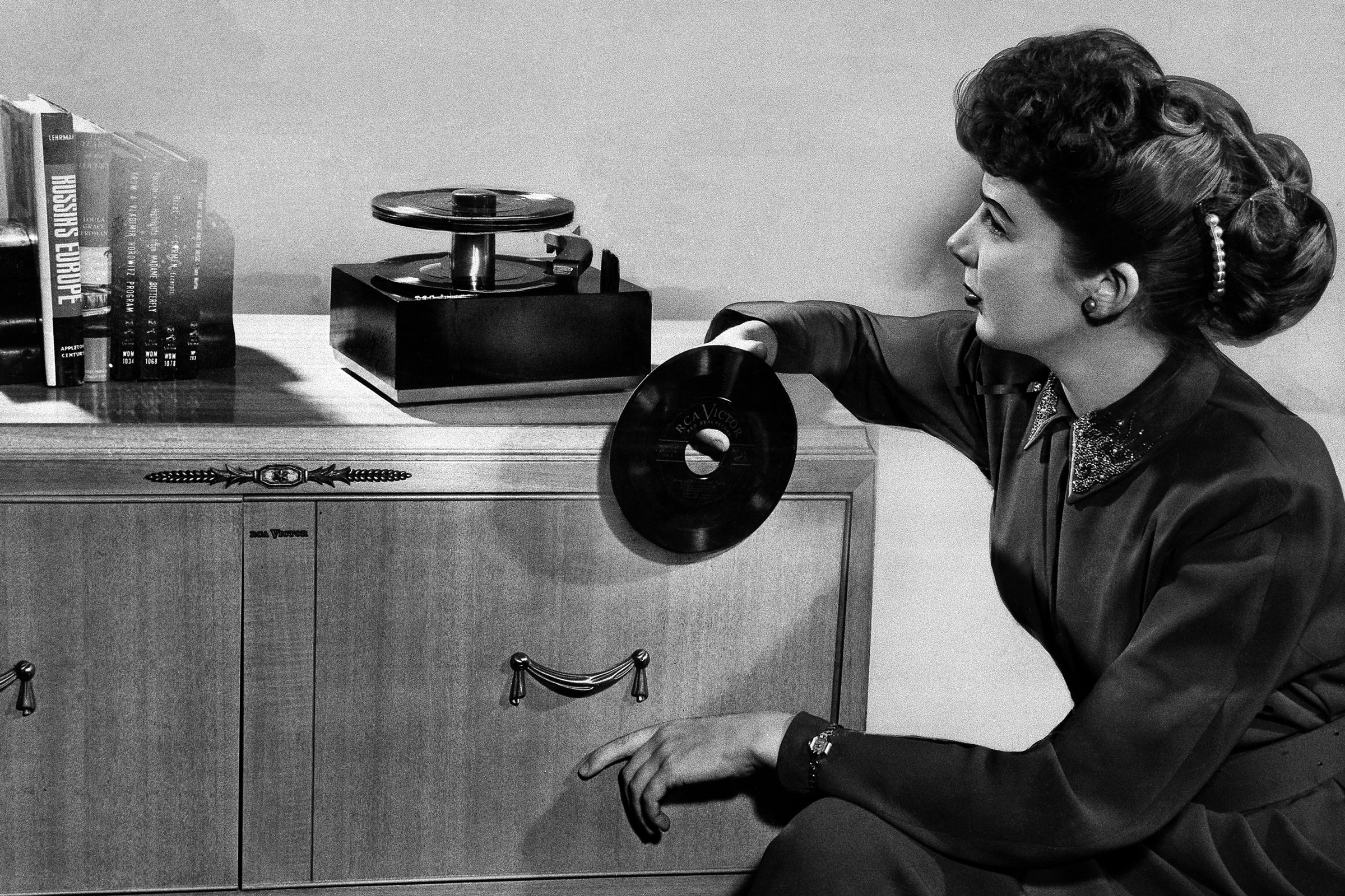 How the 45 RPM Single Changed Music Forever