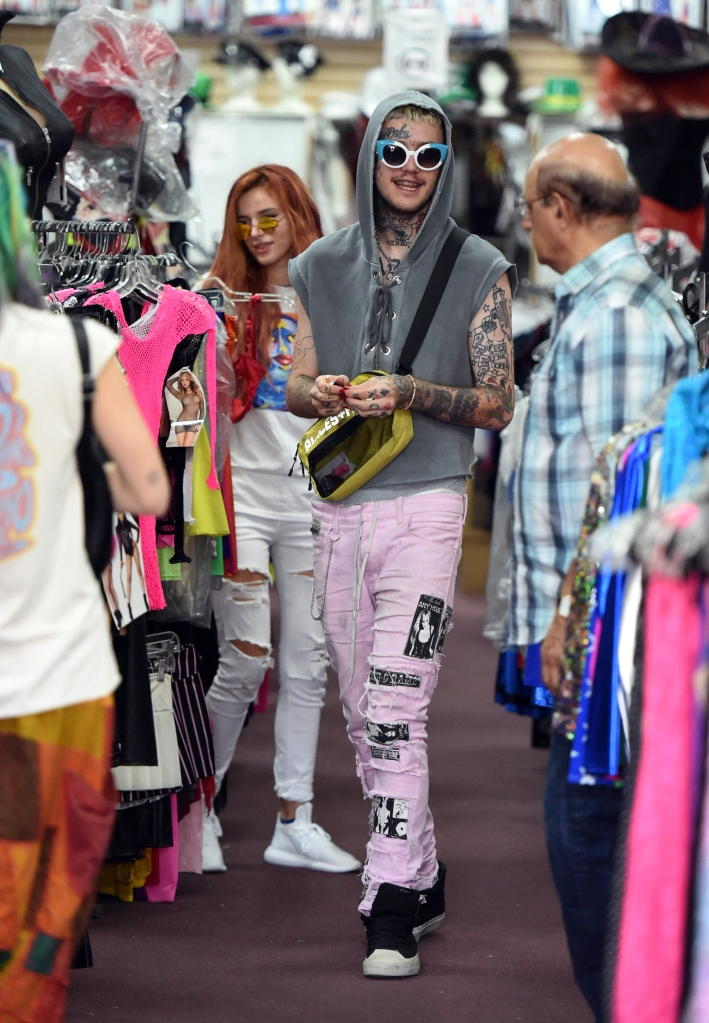 Bella Thorne meets Lil Peep to do some shopping in HollywoodFeaturing: Bella Thorne, Dani Thorne, Lil PeepWhere: Los Angeles, California, United StatesWhen: 14 Sep 2017Credit: WENN.com