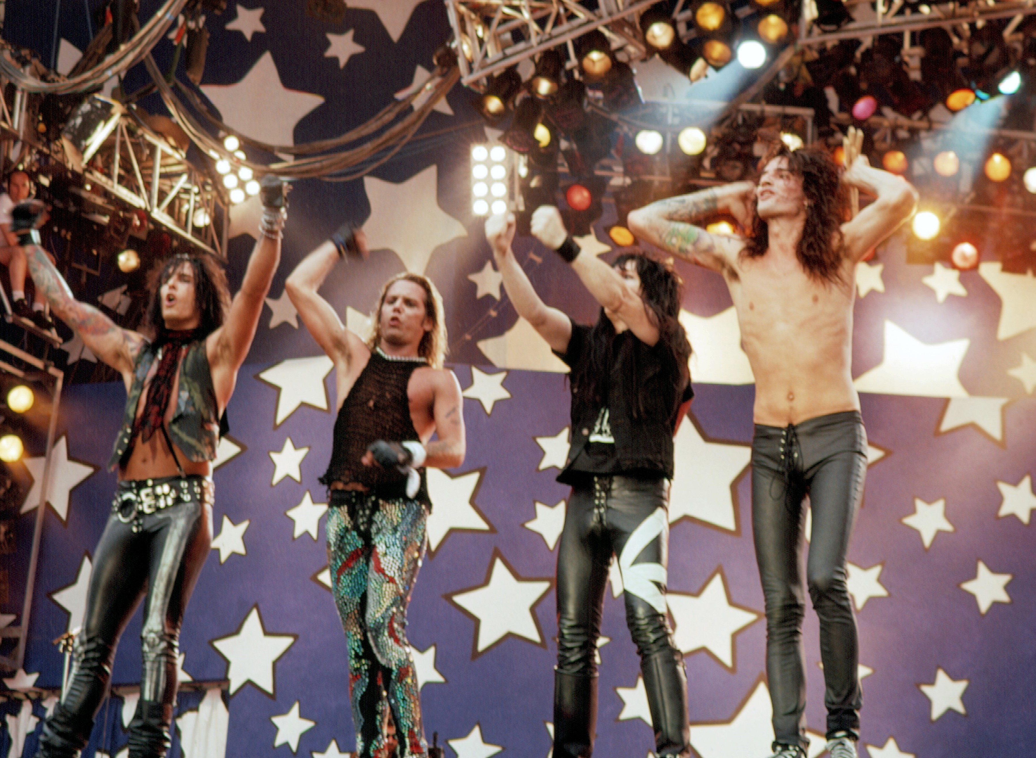 """Best Motley Crue Books: Read """"The Dirt"""" and Official Memoirs"""