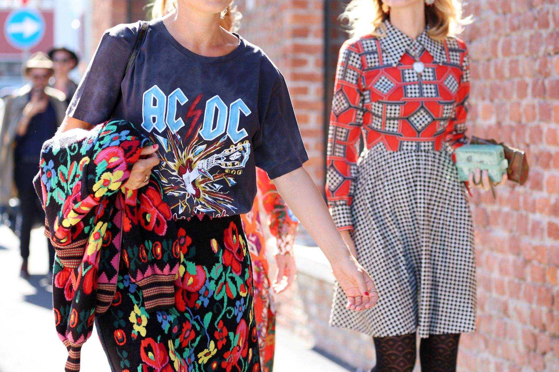 How To Buy Vintage Online Best Sites For Vintage Tees Accessories Rolling Stone