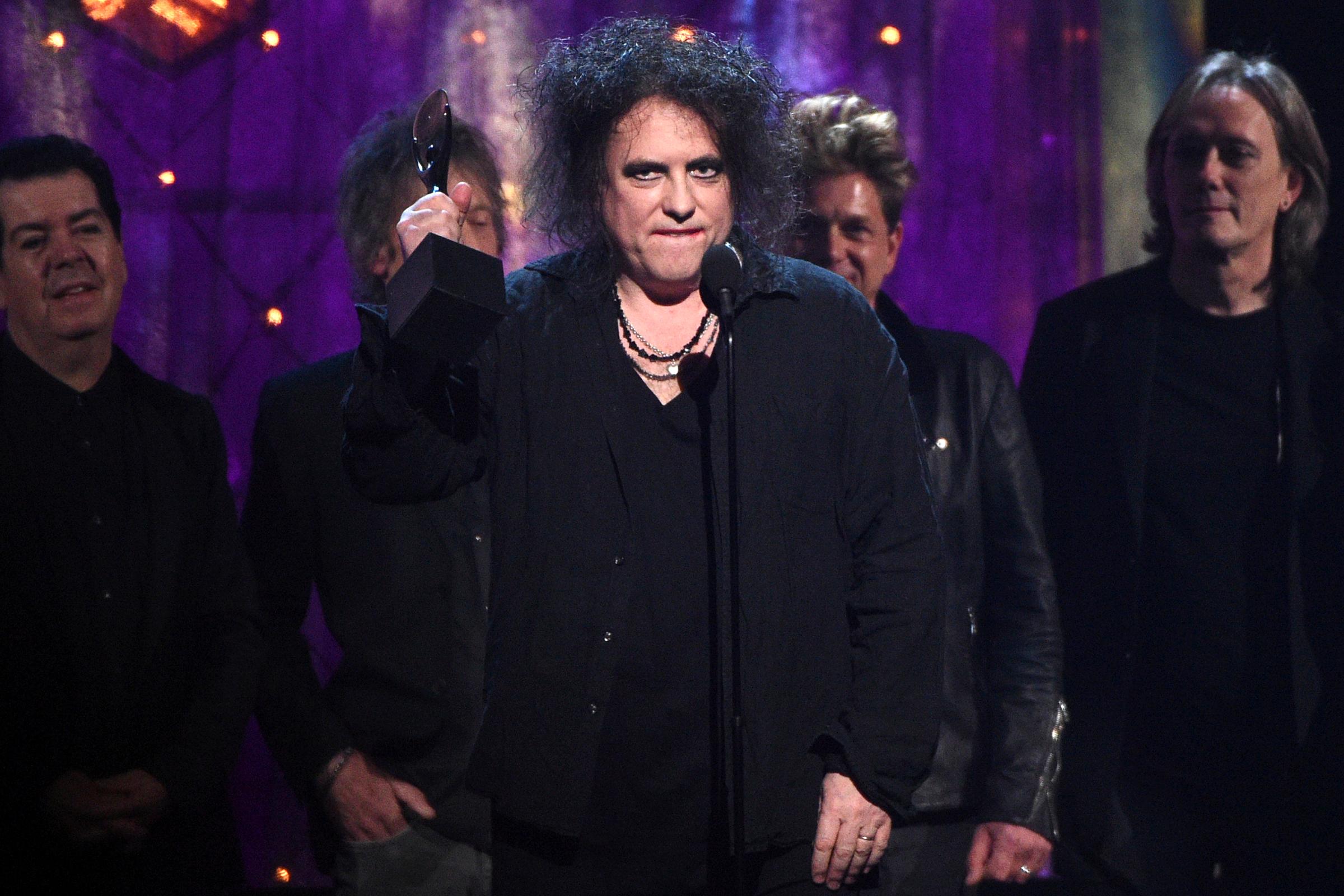 7f9b8ac18 Read Cure Frontman Robert Smith's Rock Hall Induction Speech – Rolling Stone