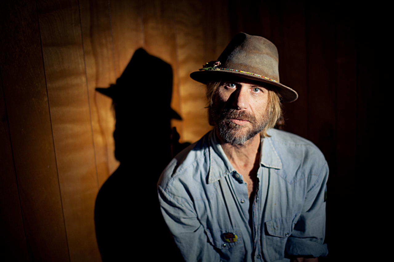 Review: Todd Snider Unplugs and Unloads on 'Cash Cabin Sessions Vol. 3'