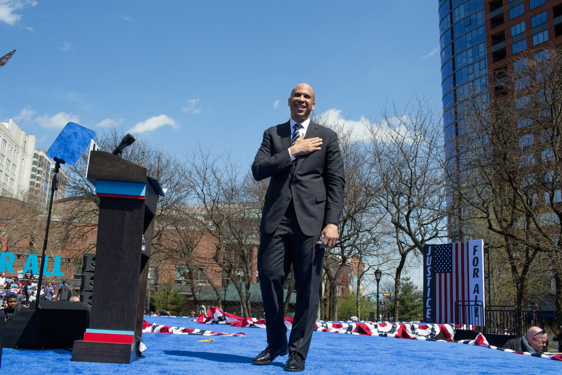 NEWARK, NEW JERSEY - APRIL 13: Senator Cory Booker launches in 2020 Presidential campaign with a speech and a rally on April 13 in downtown Newark, New Jersey. (Photo by Andrew Lichtenstein/Corbis via Getty Images)