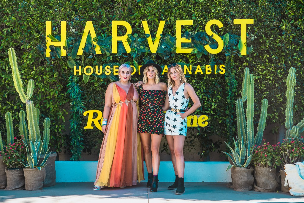 Guests show up in chic Palm Springs attire