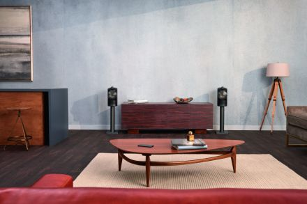 Beats' Powerbeats Pro, Bowers and Wilkins' Formation Suite