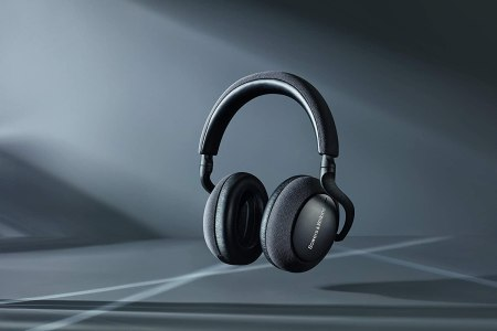 Best Noise Cancelling Headphones 2020 Active Noise Cancellation Picks Rolling Stone