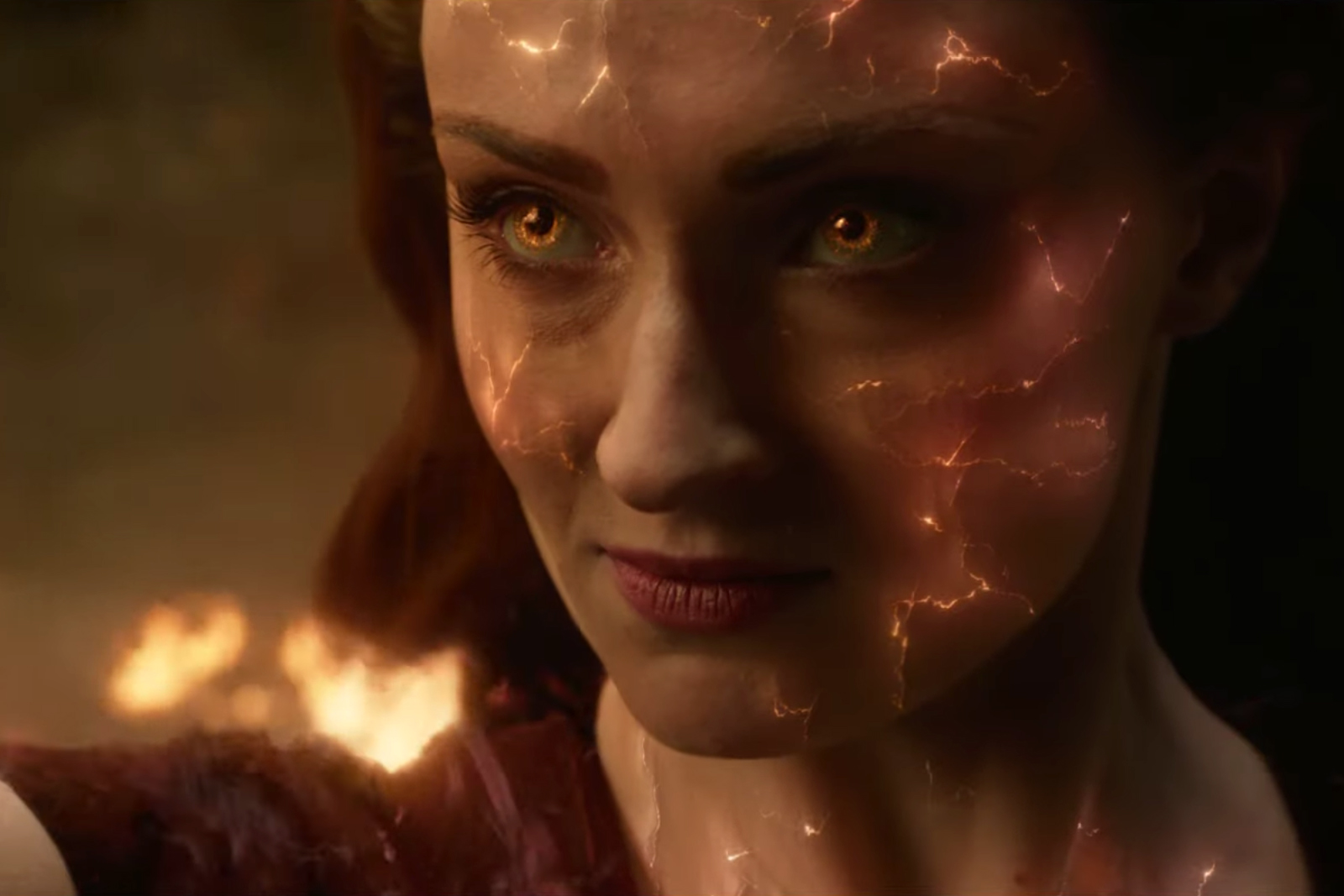 'X-Men: Dark Phoenix': Sophie Turner Savors Mutant Powers in New Trailer
