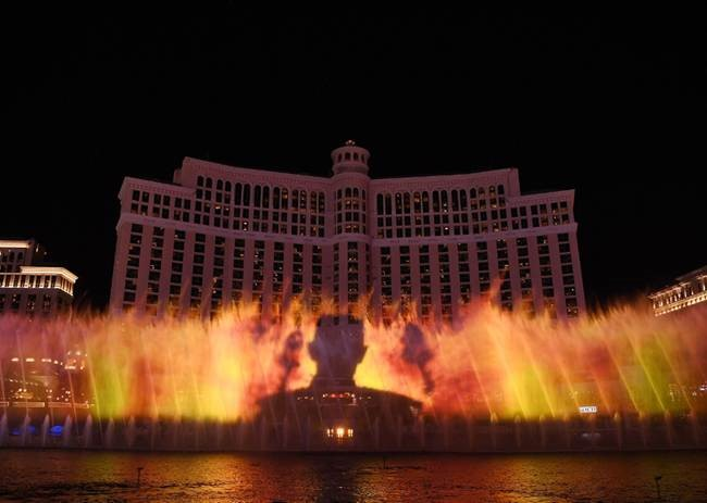 game of thrones bellagio fountain show