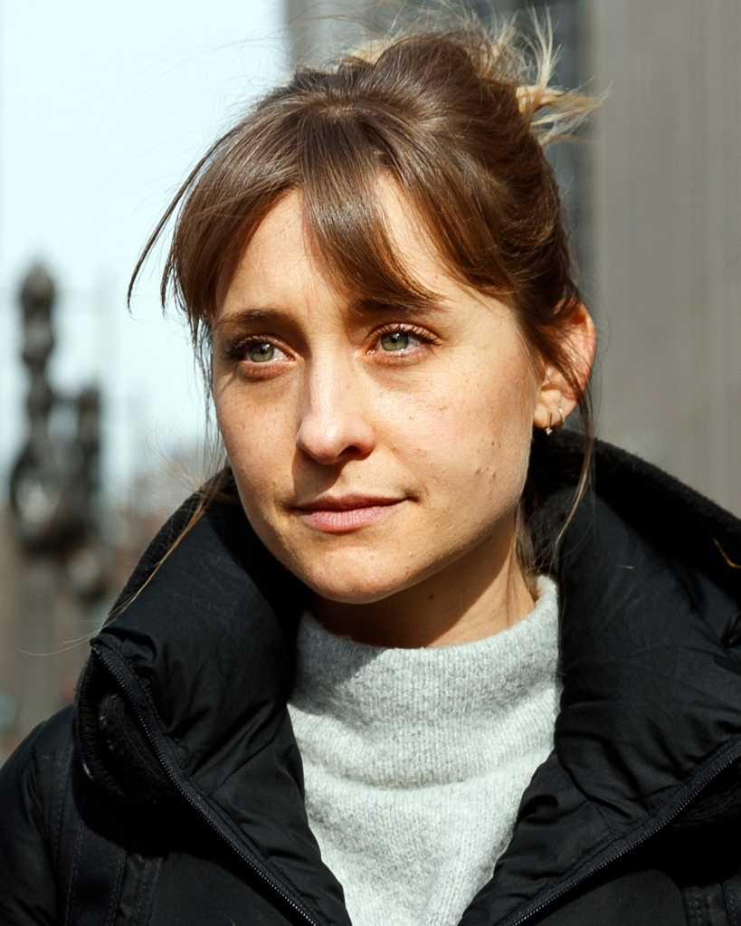 Actress Allison Mack (C) departs United States Federal Court after a hearing in the case against her in which she accused of helping to run an alleged sex cult in Brooklyn, New York, USA, 06 February 2019. Mack is accused along with defendant Keith Raniere, of participating in the alleged Nxivm sex cult.Actress Allison Mack Hearing in Nxivm Sex Cult Case, New York, USA - 06 Feb 2019