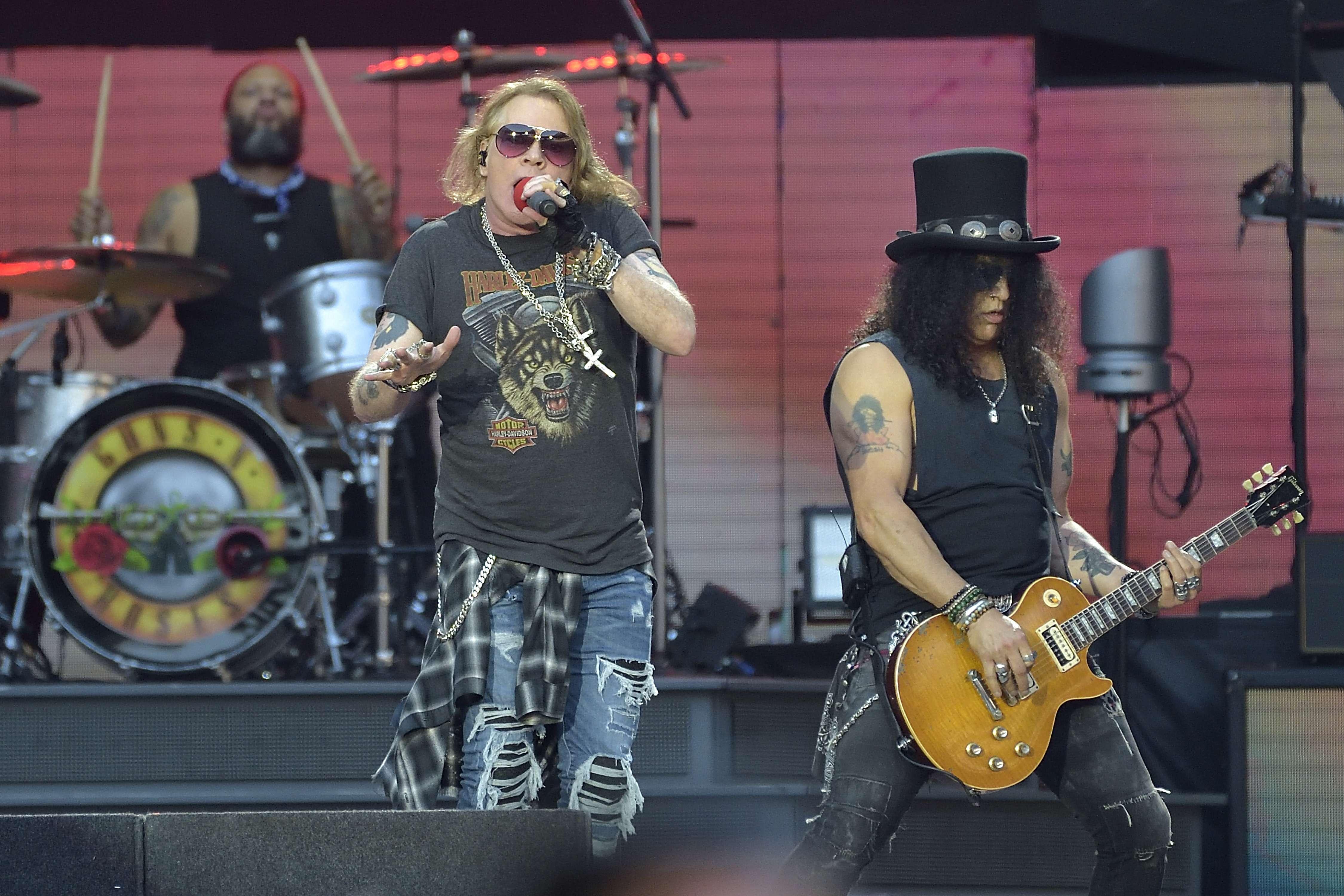 Guns N' Roses, Exit 111
