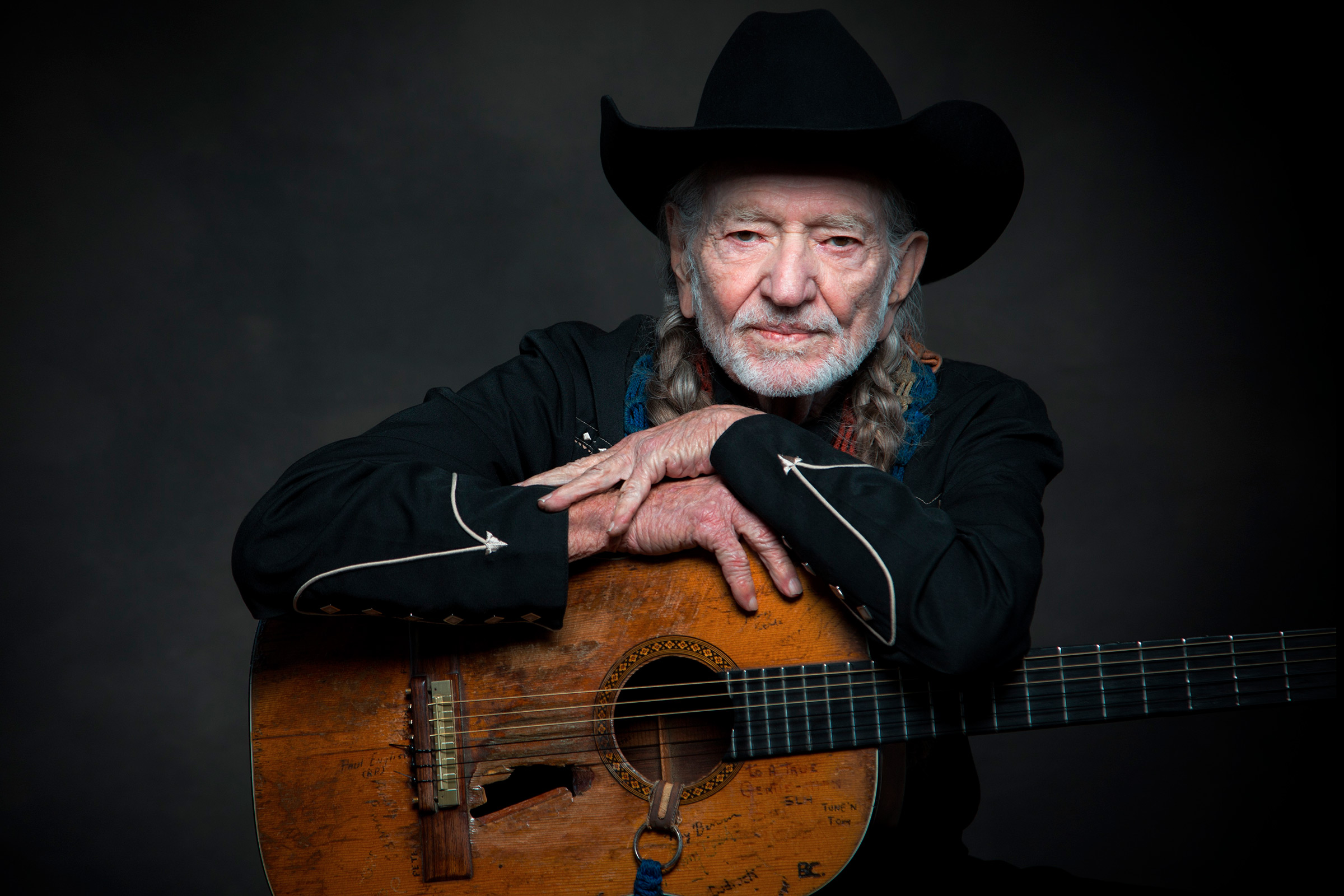 Willie Nelson S Ride Me Back Home Video Watch Rolling Stone