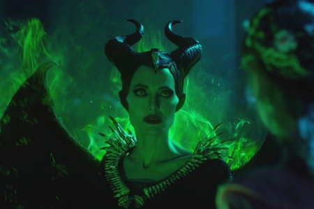 Trailers Of The Week Maleficent 2 Midsommar New