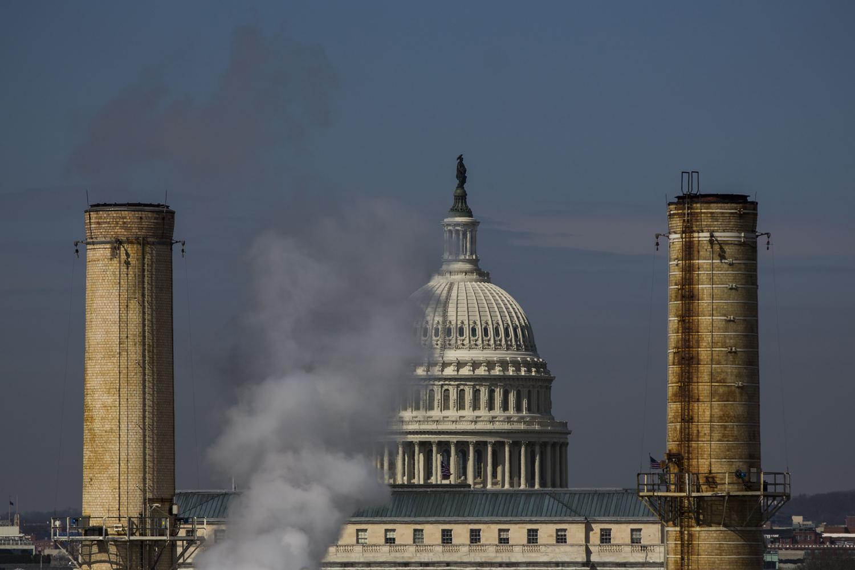 Study: U.S. Fossil Fuel Subsidies Exceed Pentagon Spending