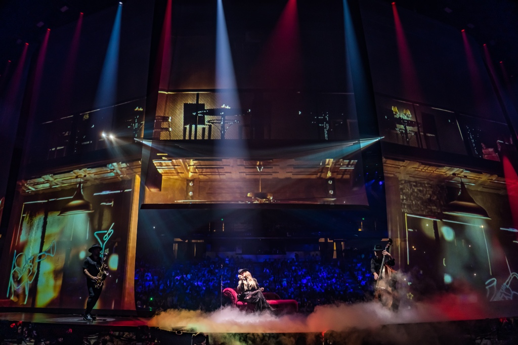 Carrie Underwood's Cry Pretty Tour 360: 10 Things We Learned