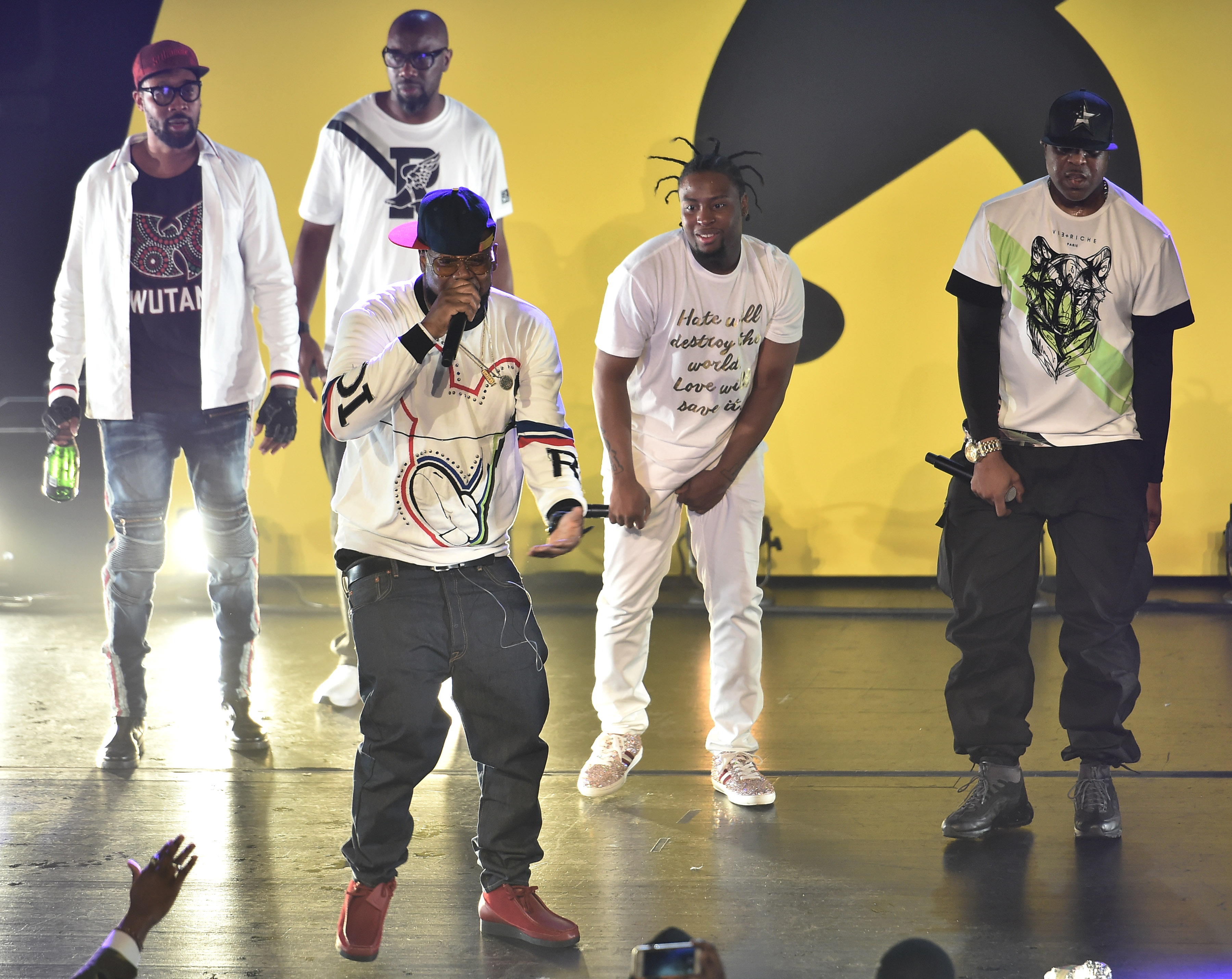 """46d12b7c According to a press release, the three skits on the soundtrack feature  """"never-before-heard Wu-Tang Clan stories from ..."""