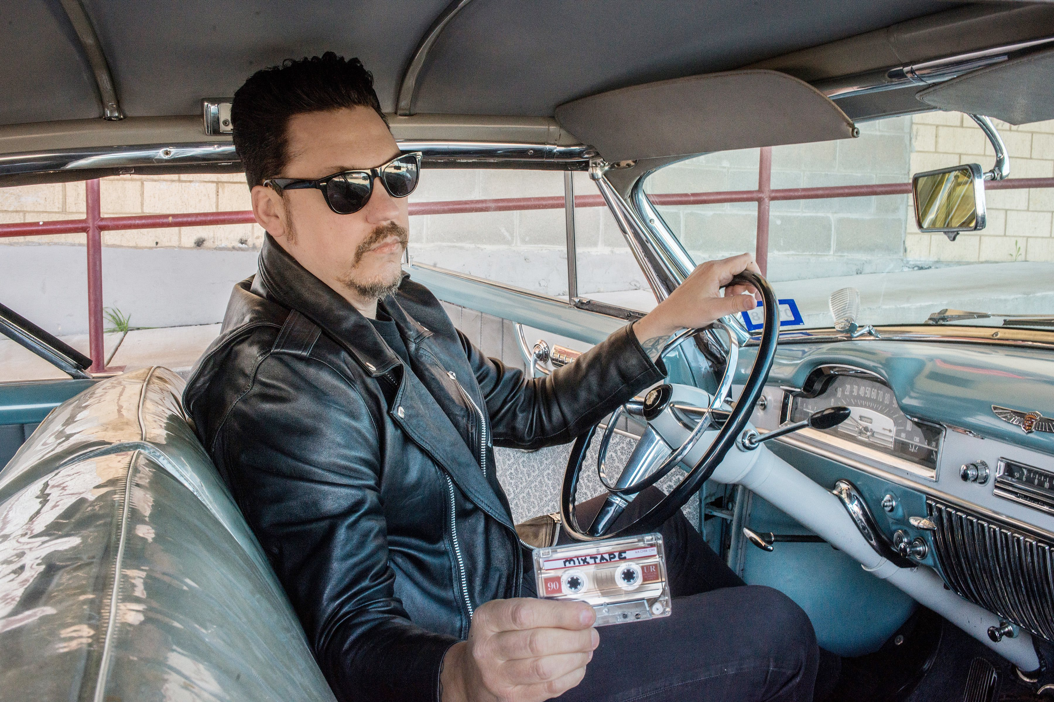 Jesse Dayton Interprets the Clash, Springsteen on New 'Mixtape' Album