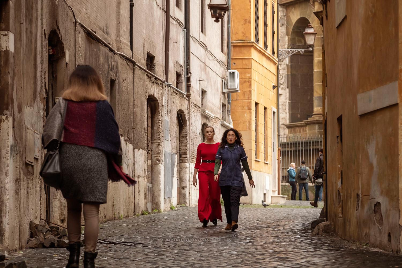 Jodie Comer as Villanelle, Sandra Oh as Eve Polastri- Killing Eve _ Season 2, Episode 8 - Photo Credit: Gareth Gatrell/BBCAmerica