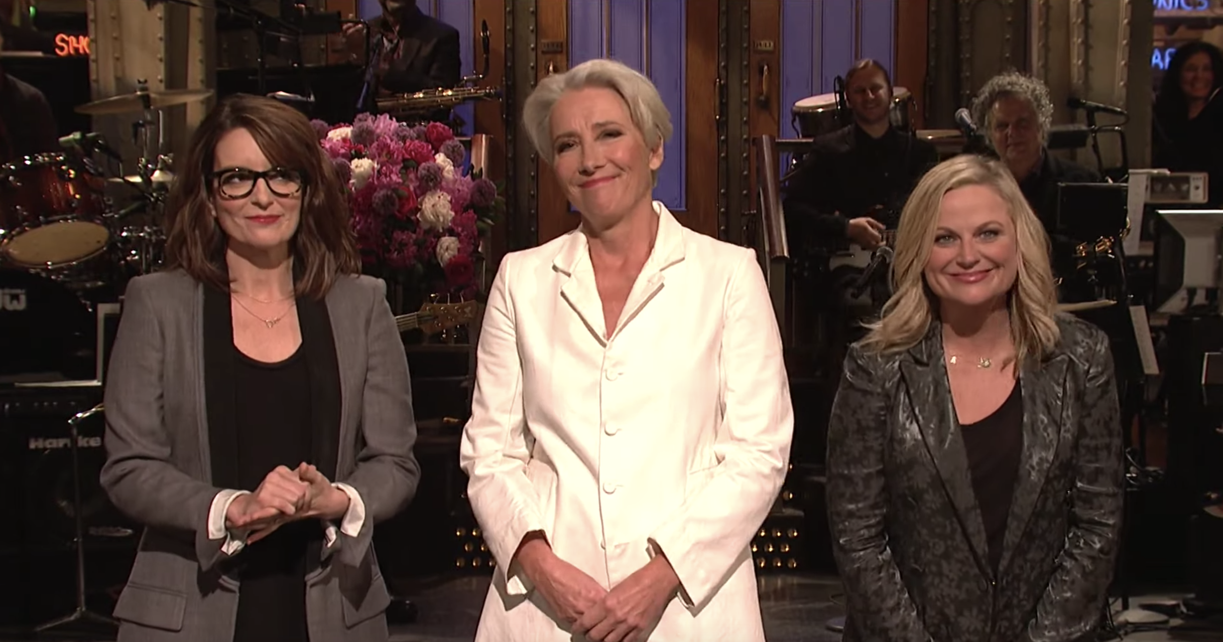 Best Christmas Ever Snl.Emma Thompson On Snl 3 Sketches You Have To See Rolling
