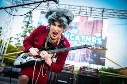 Mrs  Smith: Guitarist Who Challenged Metallica's Kirk