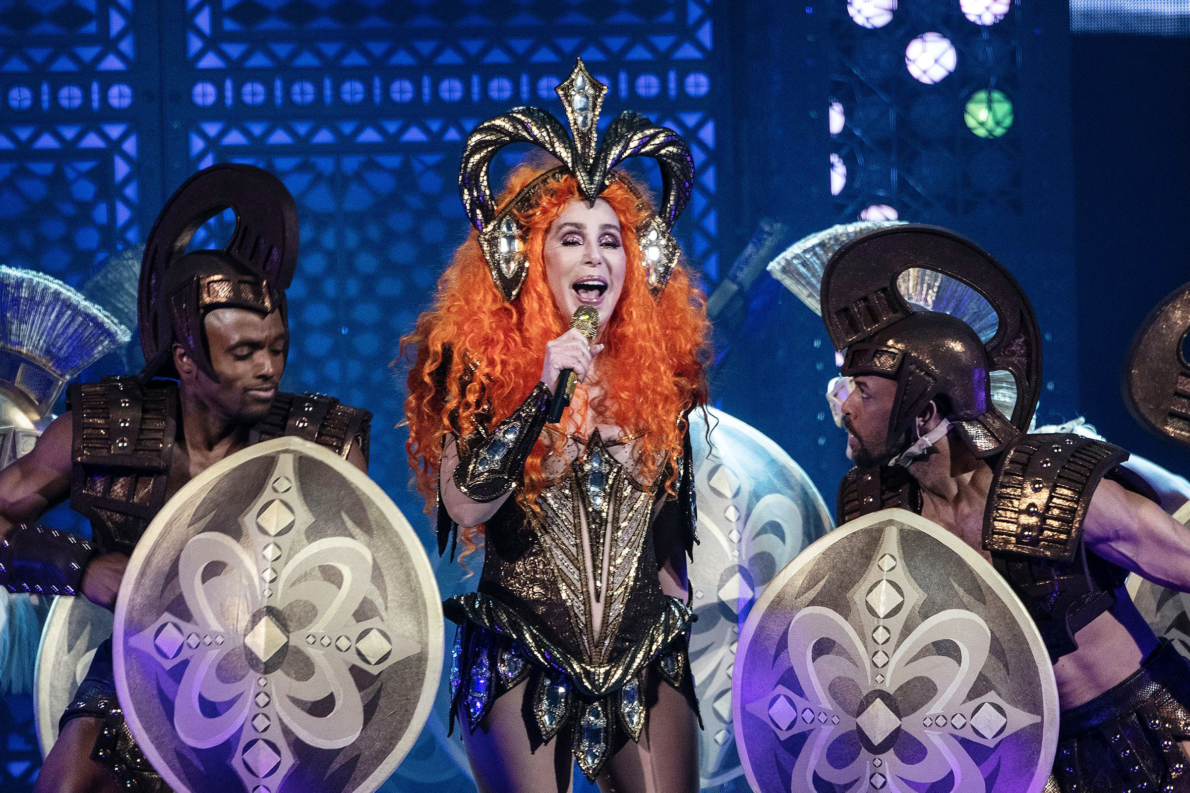 8b41bc844585 Cher 'Here We Go Again' Brooklyn Tour Stop: Review – Rolling Stone