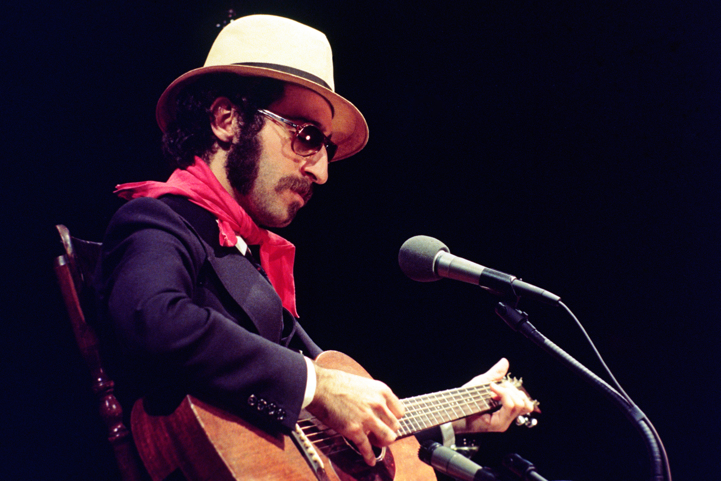 "SATURDAY NIGHT LIVE -- Episode 22 -- Air Date 05/29/1976 -- Pictured: Musical Guest Leon Redbone during ""Shine on Harvest Moon"" musical performance on May 29, 1976  (Photo by NBC/NBCU Photo Bank via Getty Images)"