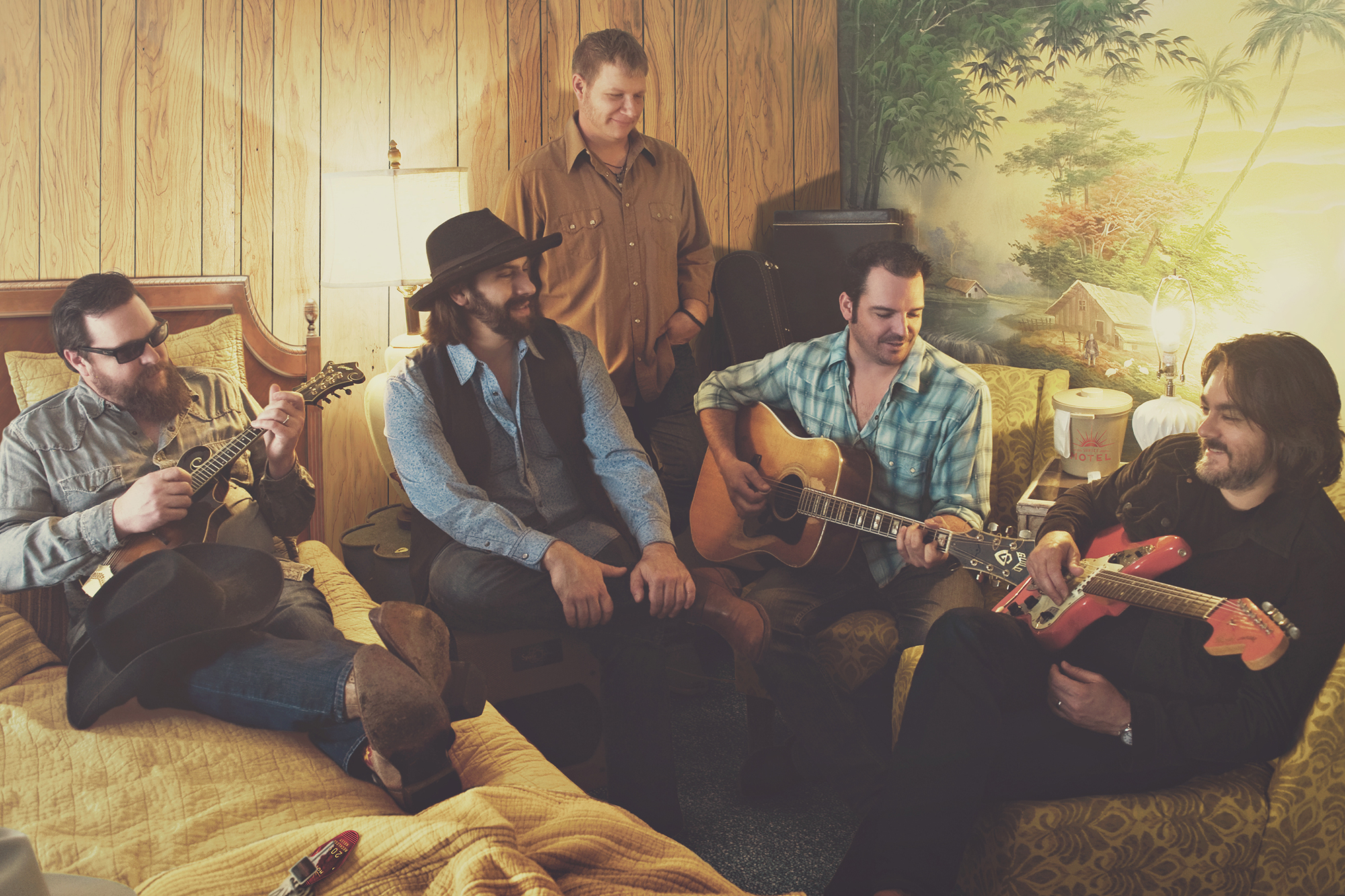 Reckless Kelly Announce New Album 'Bulletproof Live'
