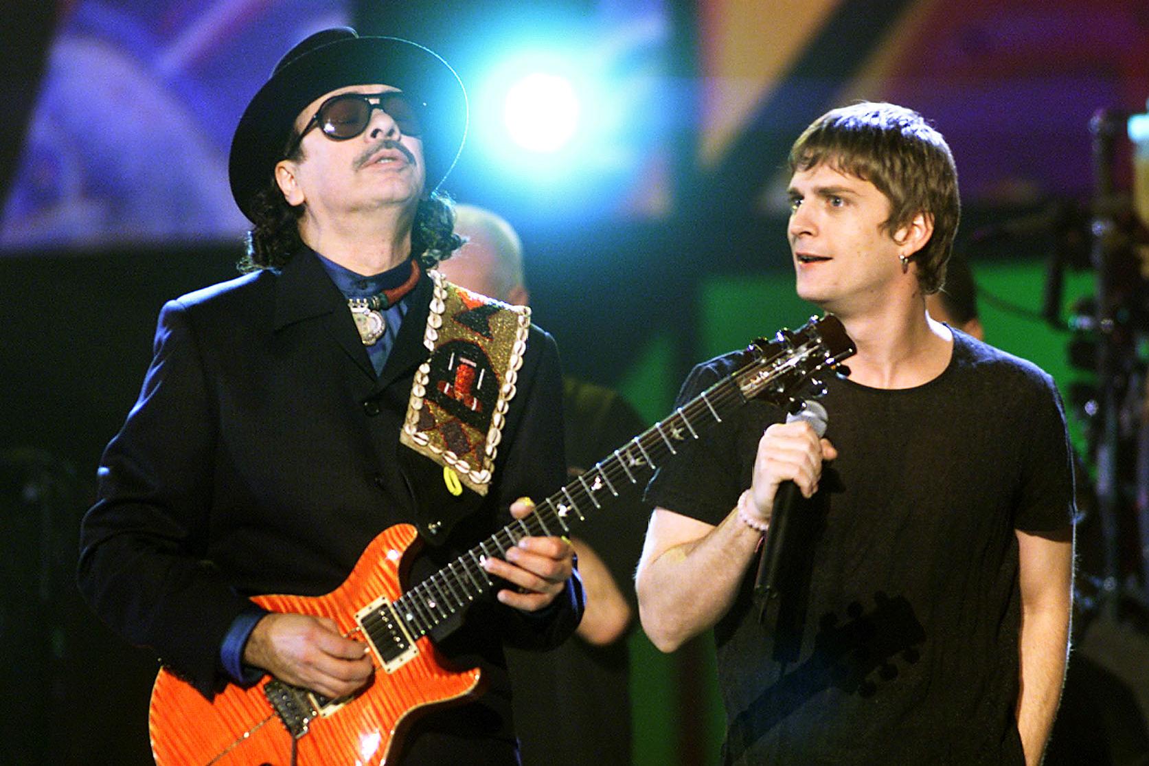 476db73c Carlos Santana and Rob Thomas at the 2000 Grammy Awards held in Los  Angeles, CA