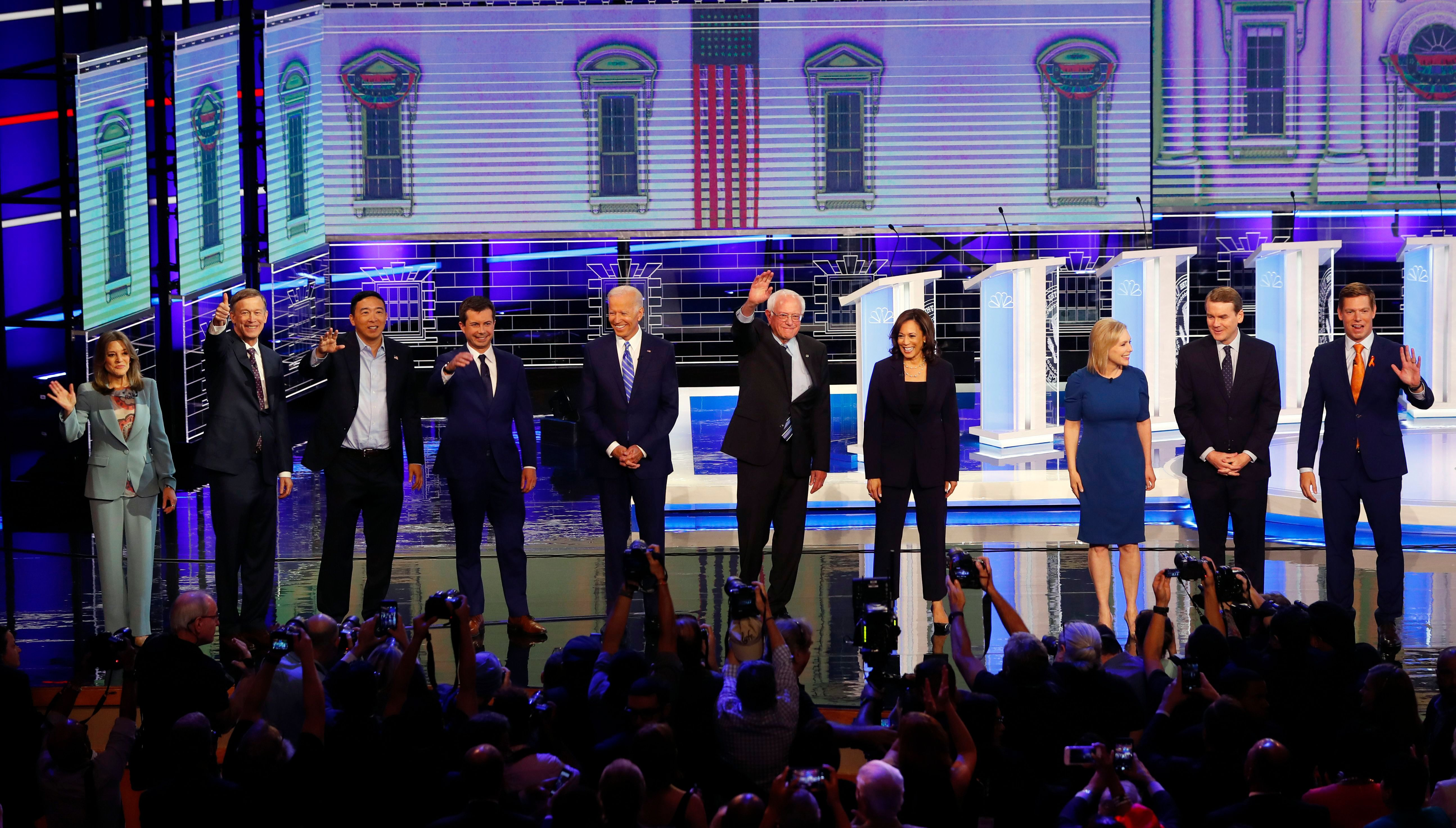 7 Memorable Dunks from the Second Night of the Democratic Debates