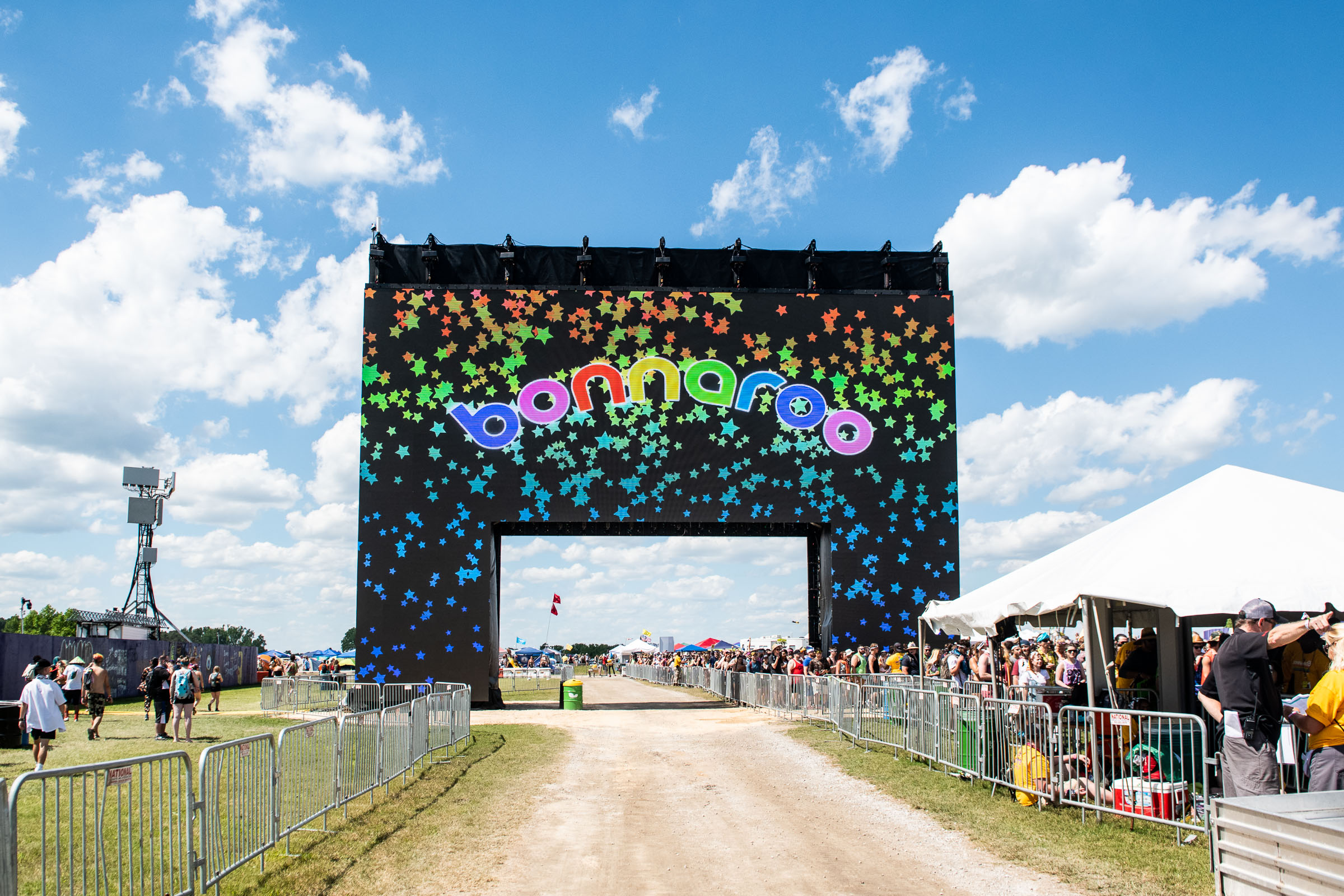 The new Bonnaroo arch!