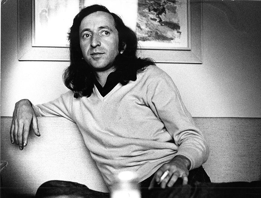 Stephen Stills Pays Tribute to CSNY Manager Elliot Roberts