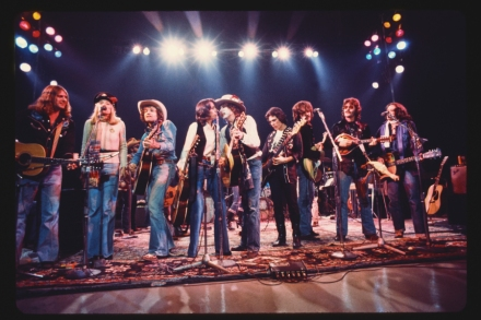Rolling Thunder Revue' Doc Review: Scorsese, Dylan, Simply