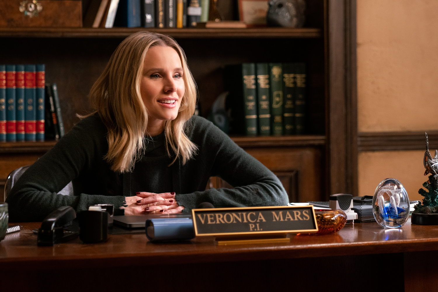 Veronica Mars Gets Called Back to Neptune in Season 4 Trailer