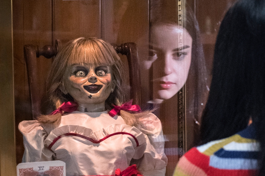 Annabelle Comes Home' Movie Review: Hello, Evil-Hellspawn Dolly
