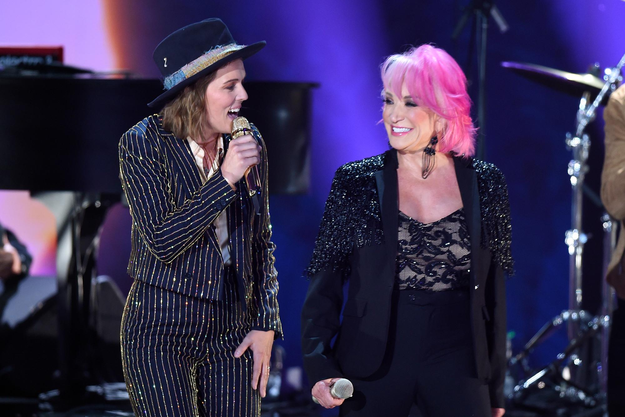 See Tanya Tucker, Brandi Carlile's Gritty 'Delta Dawn' at CMT Music Awards