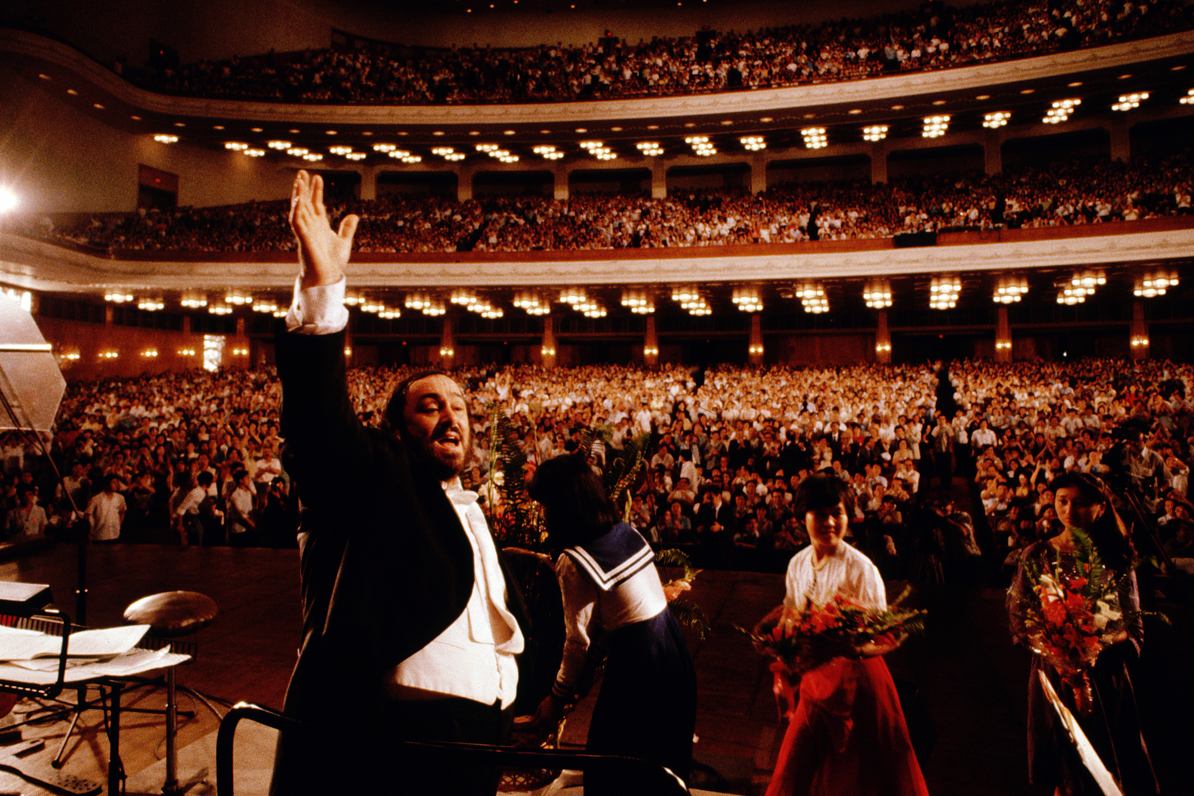 Pavarotti performs at the People's Assembly in Peking, China. (Photo by  Vittoriano Rastelli/CORBIS/Corbis via Getty Images)