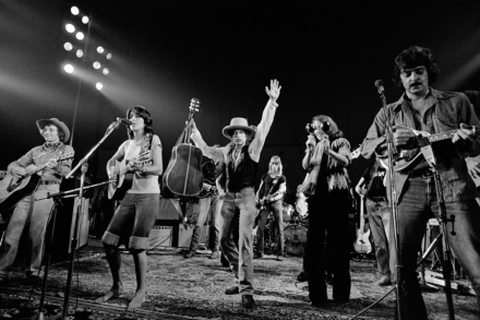 Rolling Thunder Revue: A Bob Dylan Story': What's Not True