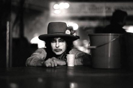 Rolling Thunder Revue': The Inside Story of Scorsese's Bob Dylan Doc