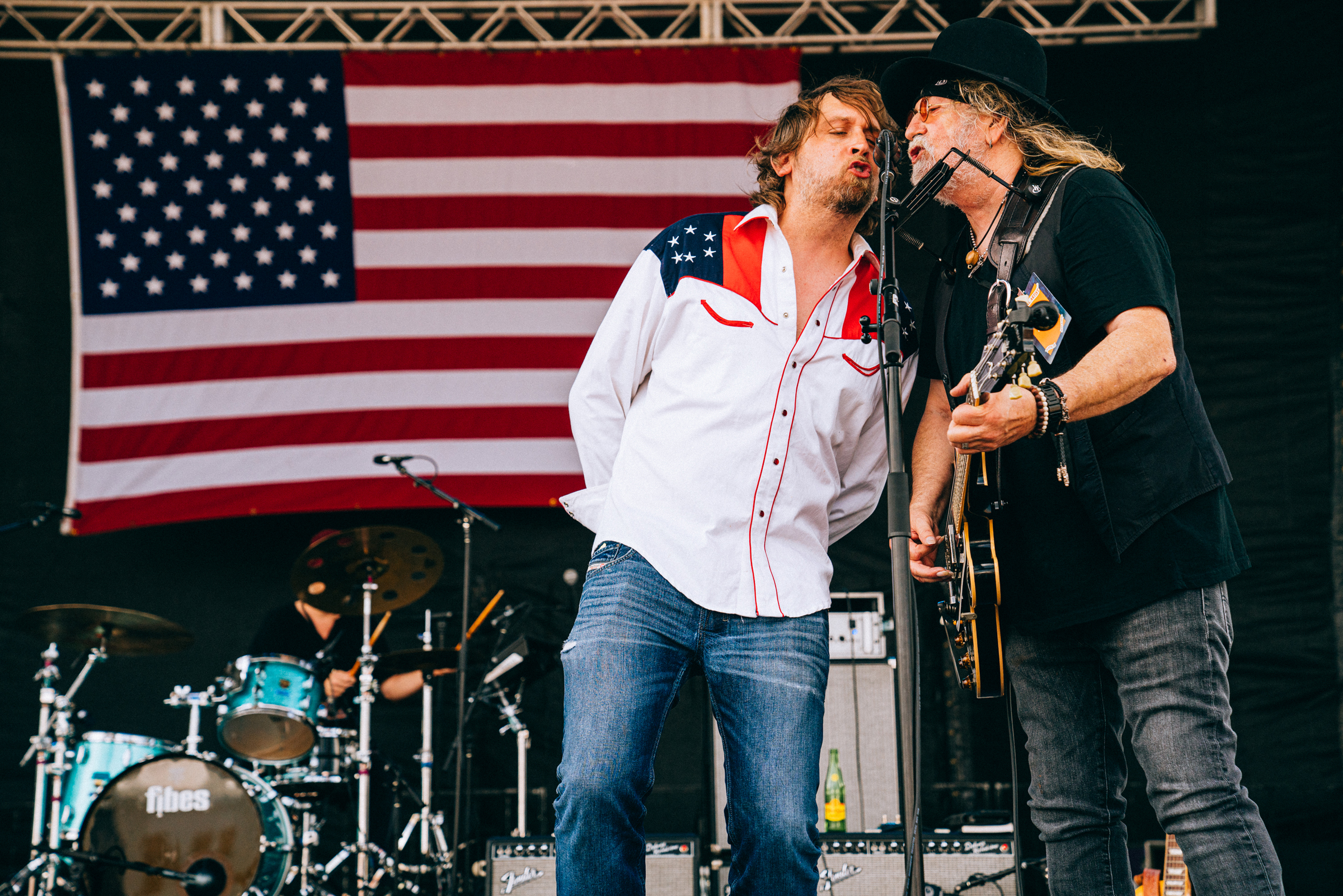 See Alison Krauss, Jamey Johnson at Willie Nelson's 4th of July Picnic Concert