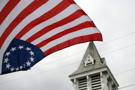 Betsy Ross Flag Why Colin Kaepernick Spoke Out Against Nike