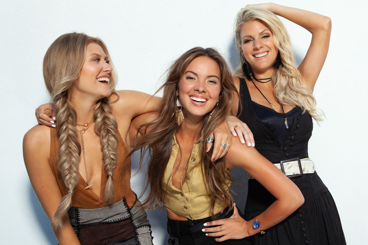 Runaway June Make Harmony-Drenched, Grown-Up Country-Pop on 'Blue Roses'