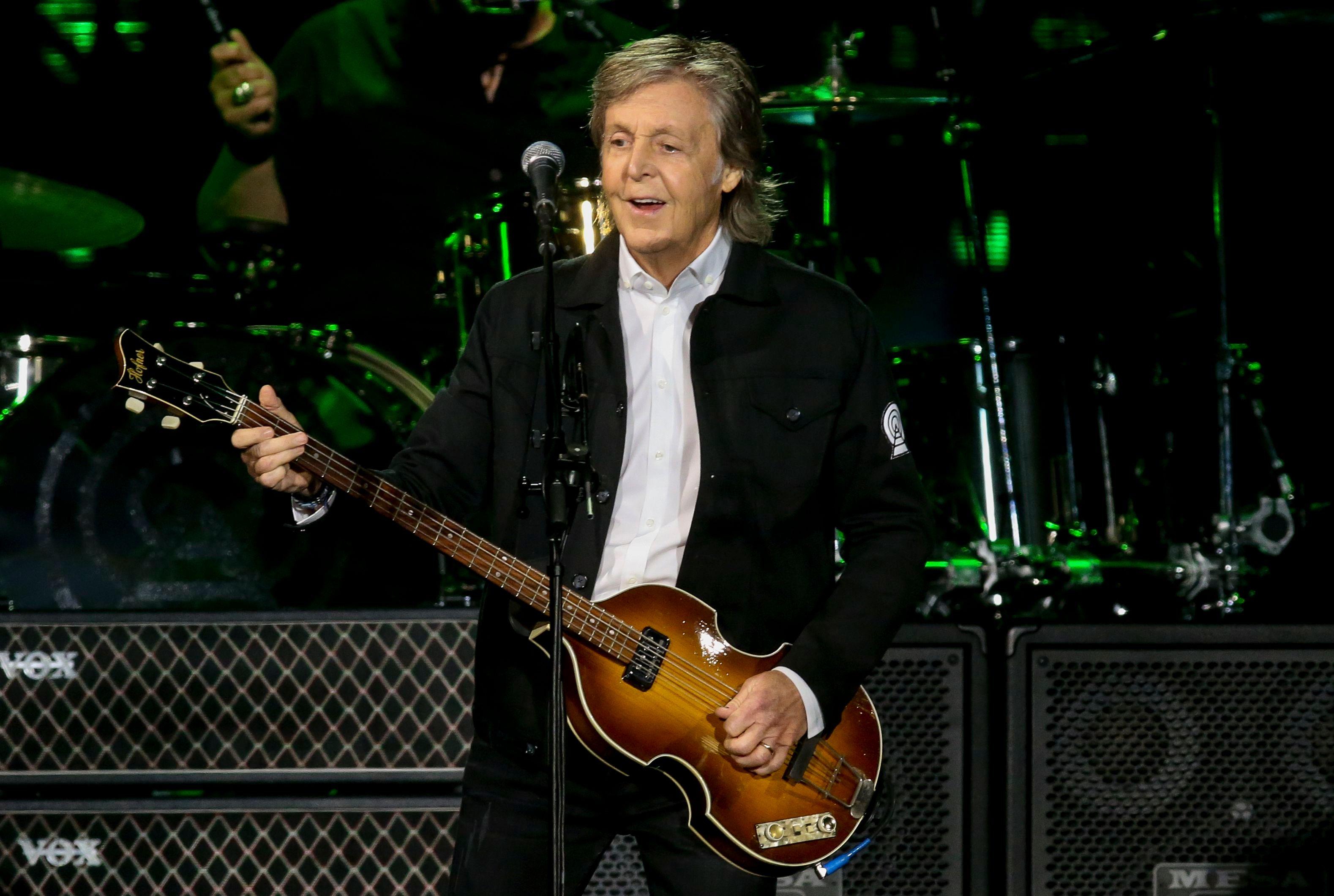 Paul McCartney Writing Musical Version of 'It's a Wonderful Life'