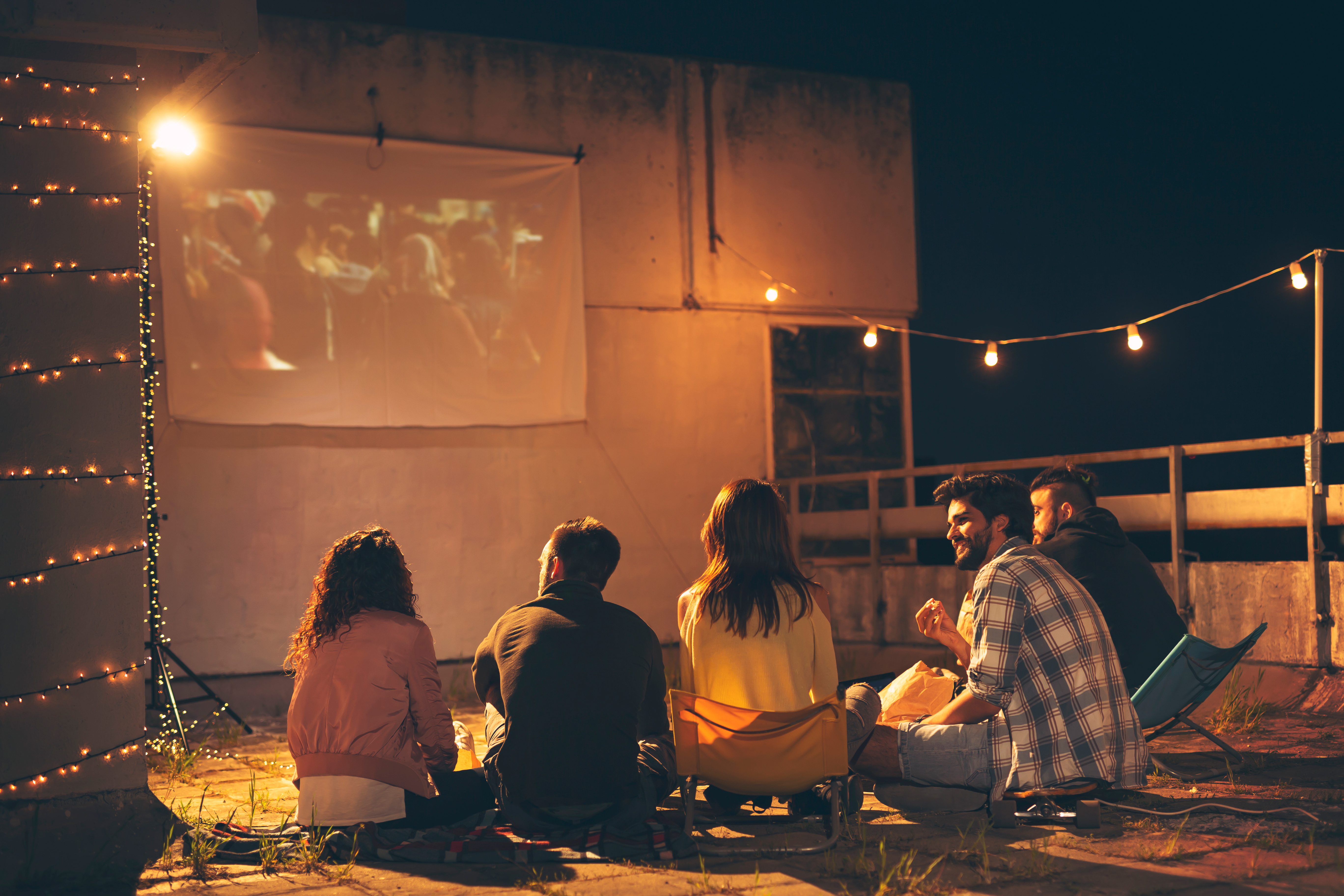 5 Best Outdoor Projectors to Stream Your Favorite Movies and Shows This Summer