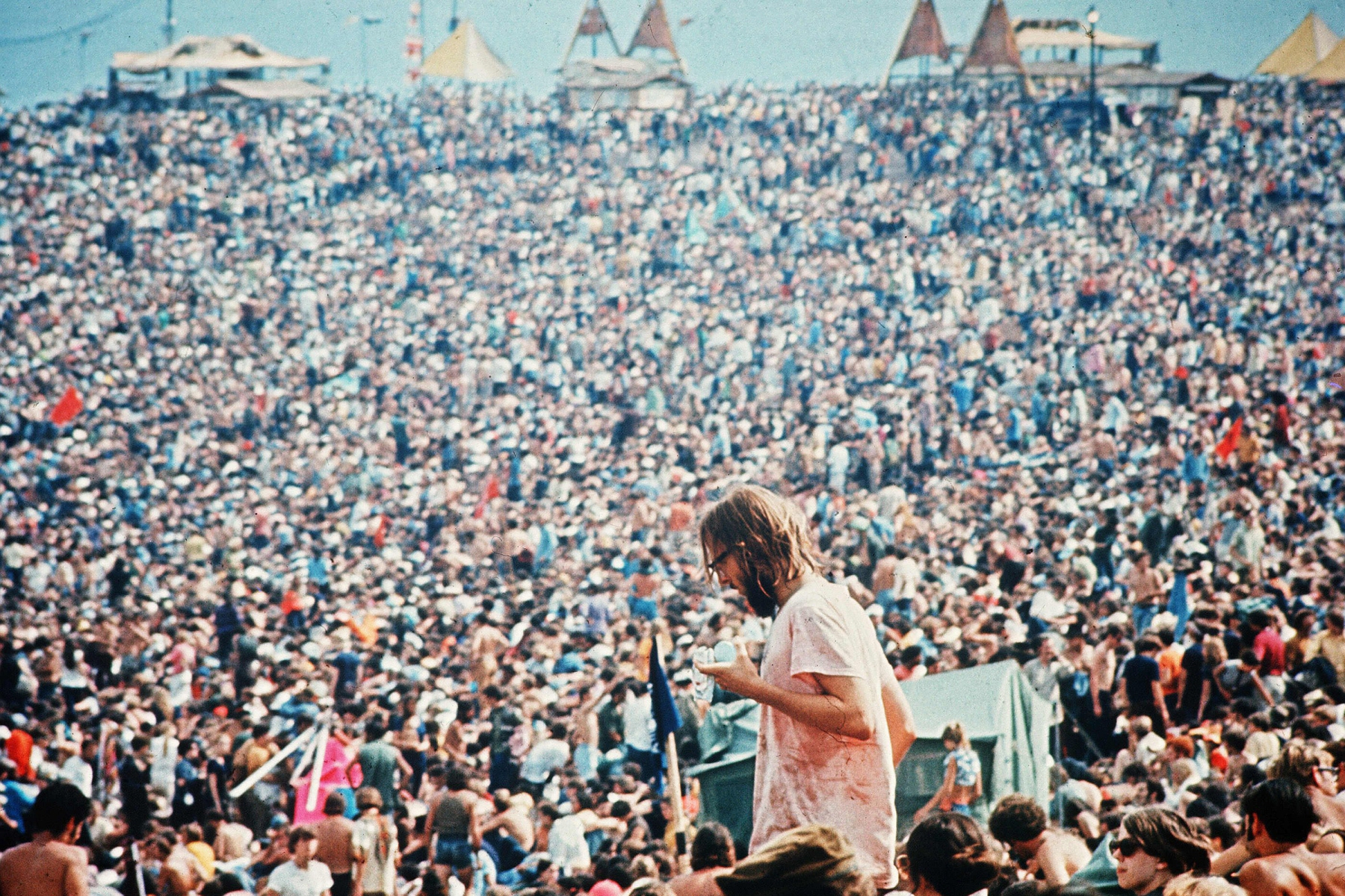 Editorial use only. No book cover usage.Mandatory Credit: Photo by Warner Bros/Kobal/Shutterstock (5884678b)Woodstock (1970)Woodstock - 1970Director: Michael WadleighWarner BrosUSAScene Still