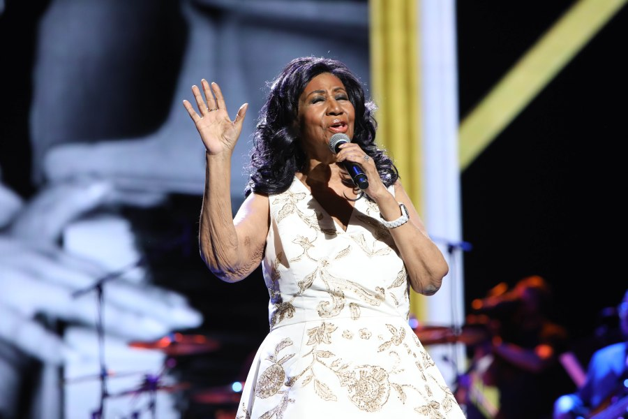 American Music Awards: Gladys Knight to Lead Aretha Franklin