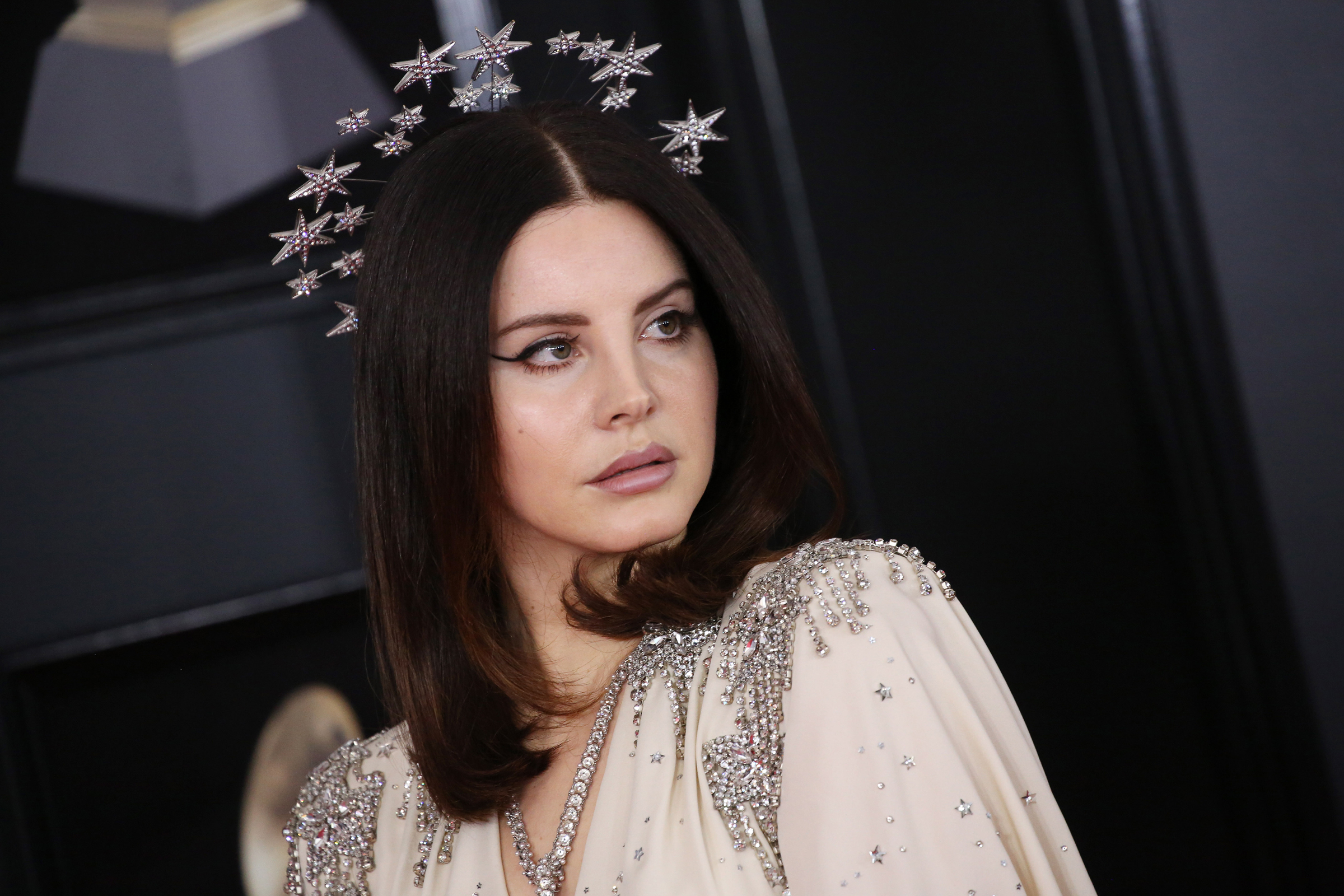Lana Del Rey Shares New Song Let Me Love You Like a Woman
