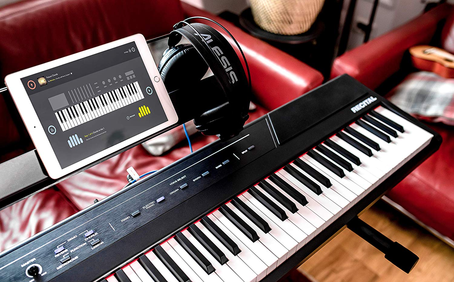 Digital Pianos Vs  Keyboards: Best Electric Pianos Reviewed