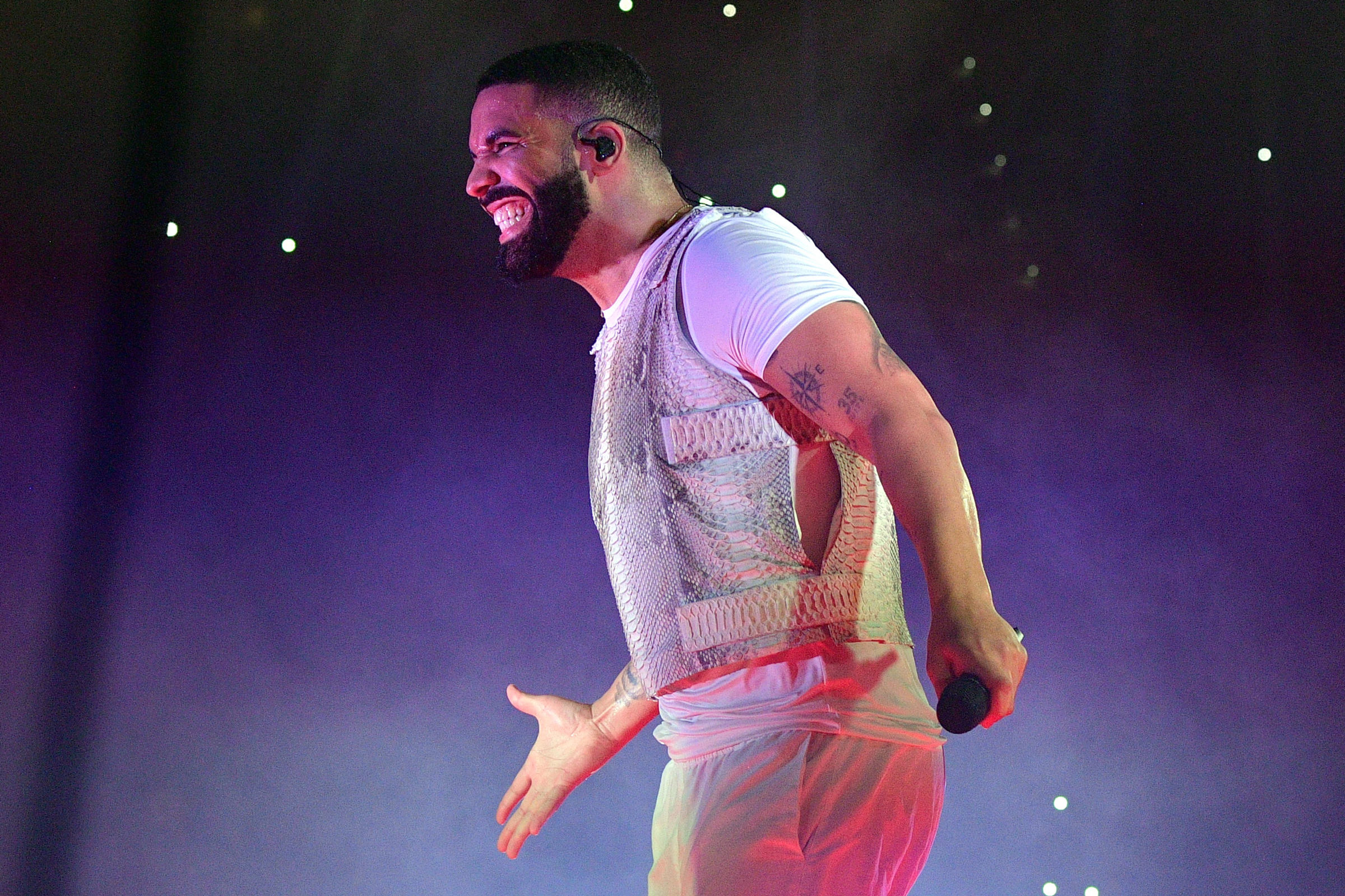 Zerchoo Music - RS Charts: Drake Posts Huge Numbers to Reclaim Top