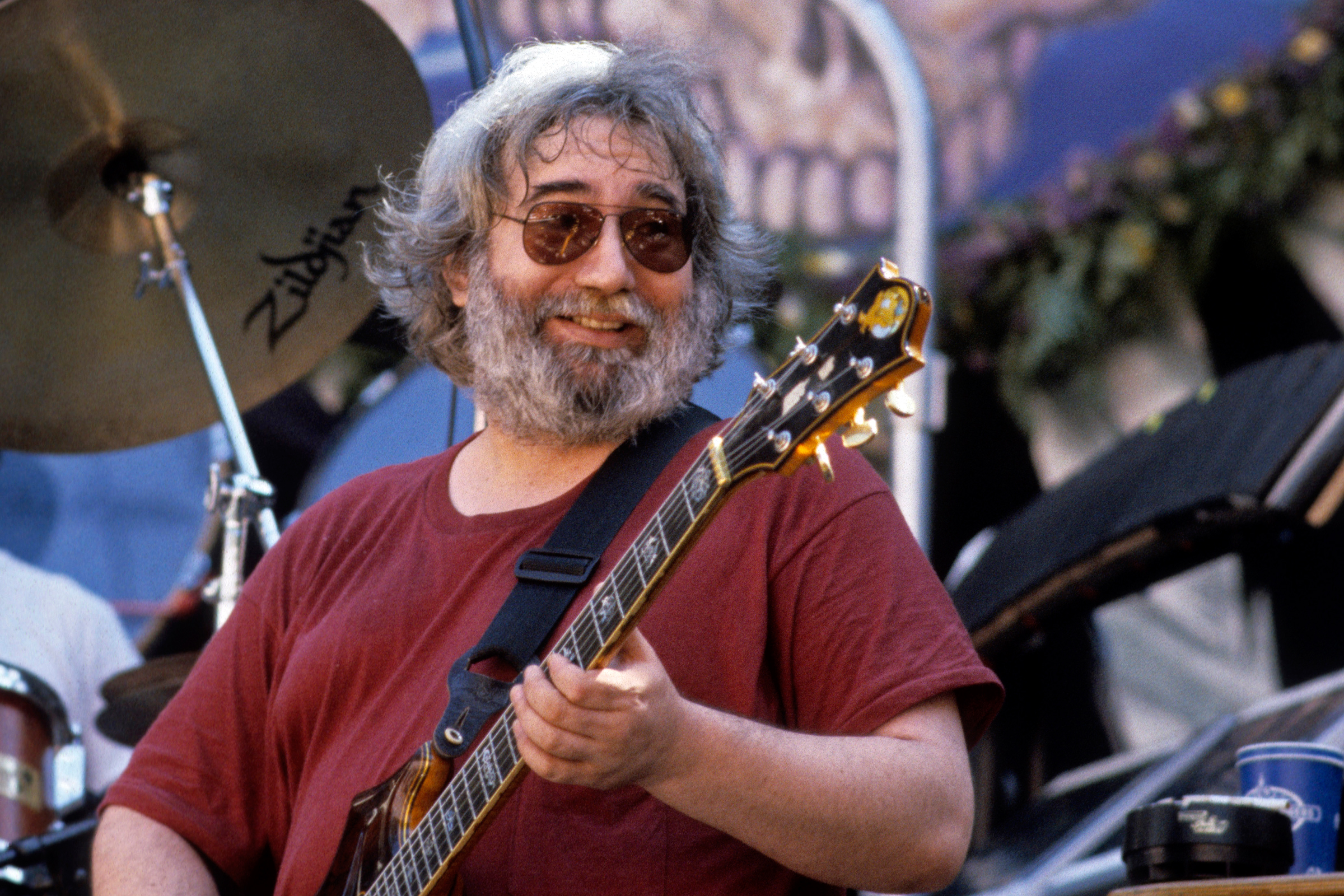 grateful dead play the wheel at farm aid in 1986 watch rolling stone. Black Bedroom Furniture Sets. Home Design Ideas