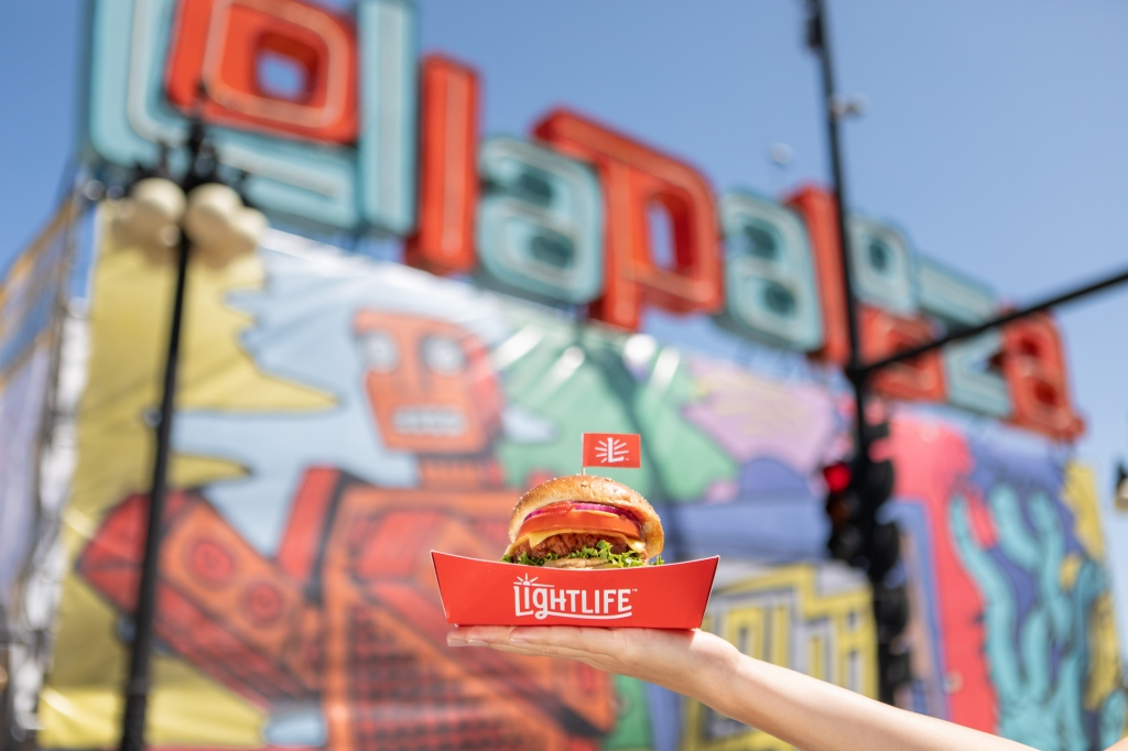 Lightlife and Rolling Stone take over Lollapalooza. Paid partnership with Lightlife Foods.